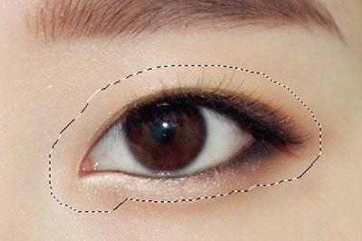 Photoshop给人物p出双眼皮的操作方法