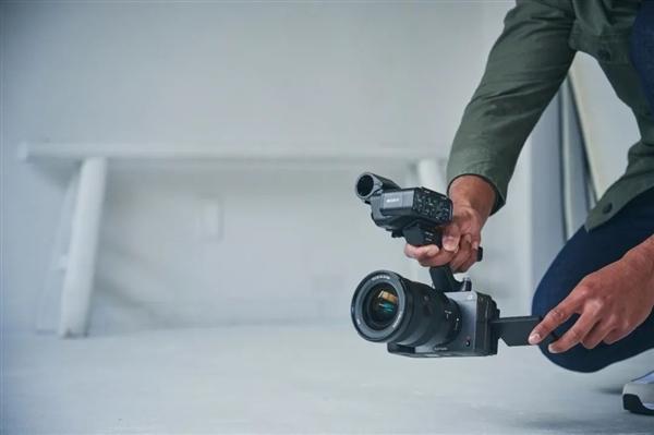 索尼正式发布全画幅电影摄影机FX3:定价32000元人民币
